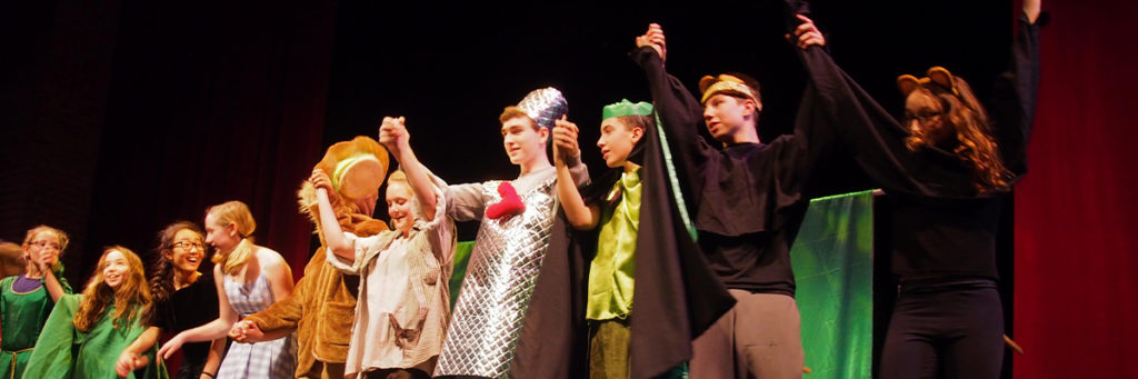 winter drama and performance classes for middle school